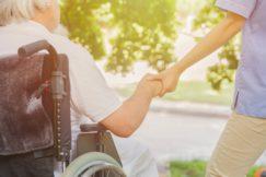【Y兵庫27001】小規模特別養護老人施設の介護職員